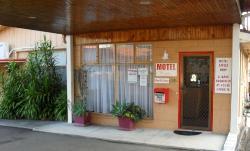 Warrack Motel