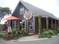 Mud Bay Cafe
