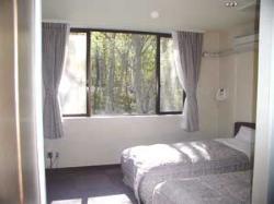 沙斗克拉斯公寓酒店