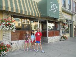 Nina's Pizzeria & Restaurant