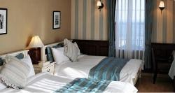 Room (46398168)