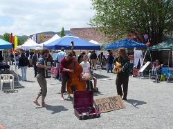 Lyons Outdoor Market