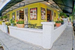 Noah's Cafe Bar