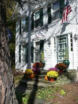 18 Vine Inn & Carriage House