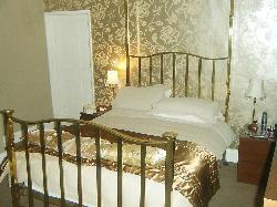 St Quintin Arms Inn