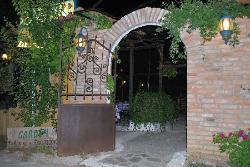 Elias' Garden Restaurant Tavern