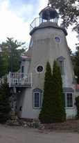 The Harbor Light Inn