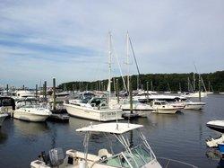 Finn's Harborside
