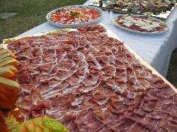 buffet di antipasti cena di ferragosto