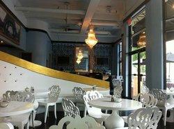 La Mongerie Bakery & Bistro