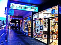 ‪Blue Dog Posters‬