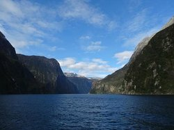 InterCity Milford Sound Day Tour + Cruise from Queenstown