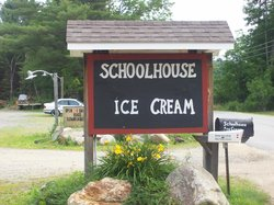 ‪School House Ice Cream‬