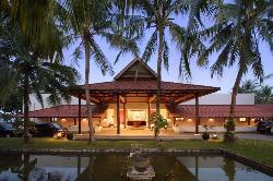 Grand Elty Krakatoa Hotel