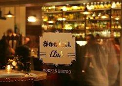 Social Club - Modern Bistro