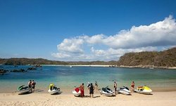 Huatulco Watersports Jet Ski and Boat Tours