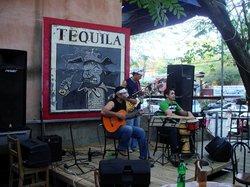 Coconutz Sports Bar & Eatery