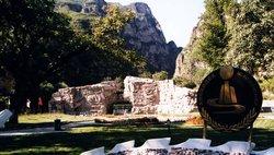 Scenic Spots of Longmenjian