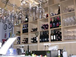 Barbara's Winebar