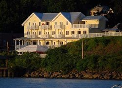 The Rhinecliff Restaurant