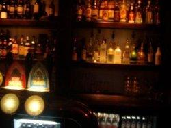 Kontoret Bar & Matsal
