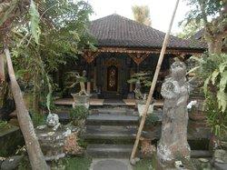 Lempad House
