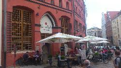 The café outside the Hotel Scheelehof