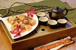 Dragonwell Asian Bistro