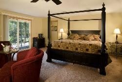 Canyon Road Inn Bed & Breakfast