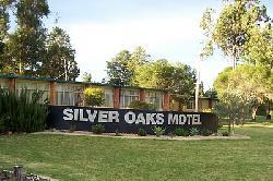 Silver Oaks Motel
