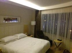 Hangzhou ZTG Airport Hotel