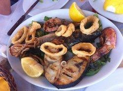 Syrtaki Restaurant