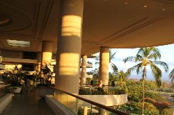 The majestic columns of the lobby and patios overlooking beach