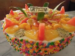 THAILANDE QUEEN CAKE MADE FOR HER AT CAPPUCCINO
