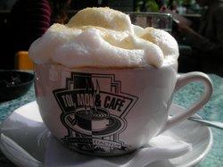 Toi, Moi & Cafe
