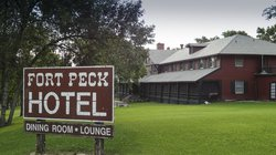 Fort Peck Hotel