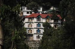 拉爾姬旅遊度假區酒店