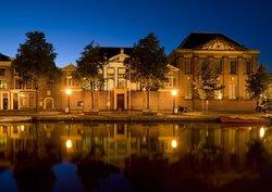 Municipal Museum of Leiden (Stedelijk Museum De Lakenhal )