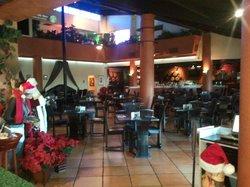 Dominics Italian Restaurant
