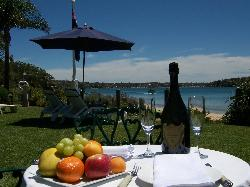 Bundeena Beach B & B