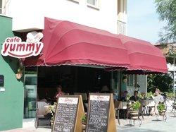 Cafe Bistro Yummy