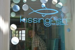 Kissingfish