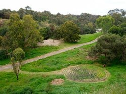 ‪Merri Creek Labyrinth‬