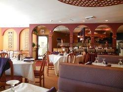 Curry Hut Restaurant