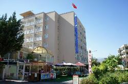 Luna Piena Beach Hotel