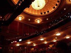 百老汇剧场