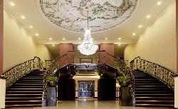 Horseshoe Staircase