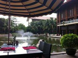 Bo ErMan DuJia Hotel Western Restaurant