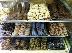 Del Ponte's Bakery