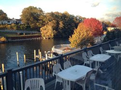 The Boathouse Grill